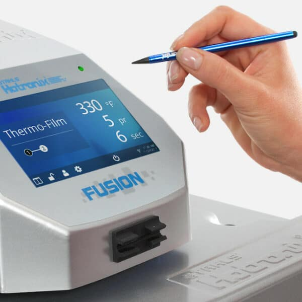 Fusion IQ controller high resolution display